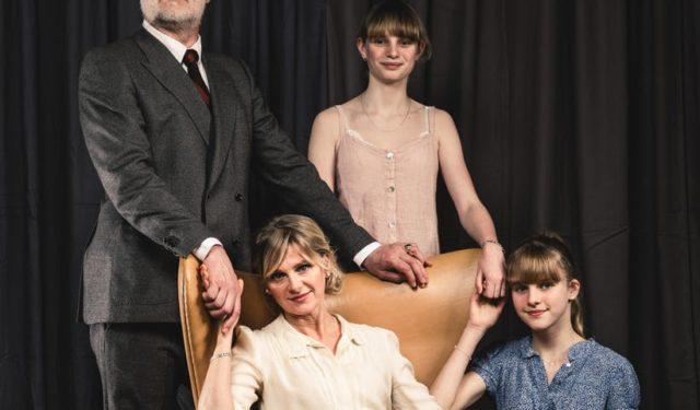 Familie: Donker toneel bij NTGent